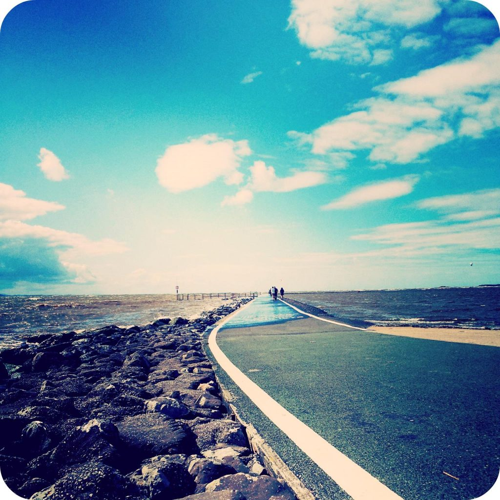 West Kirby Marine Lake footpath